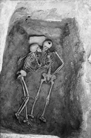 Picture about 6000 Year old Kiss found in Hasanlu, Iran